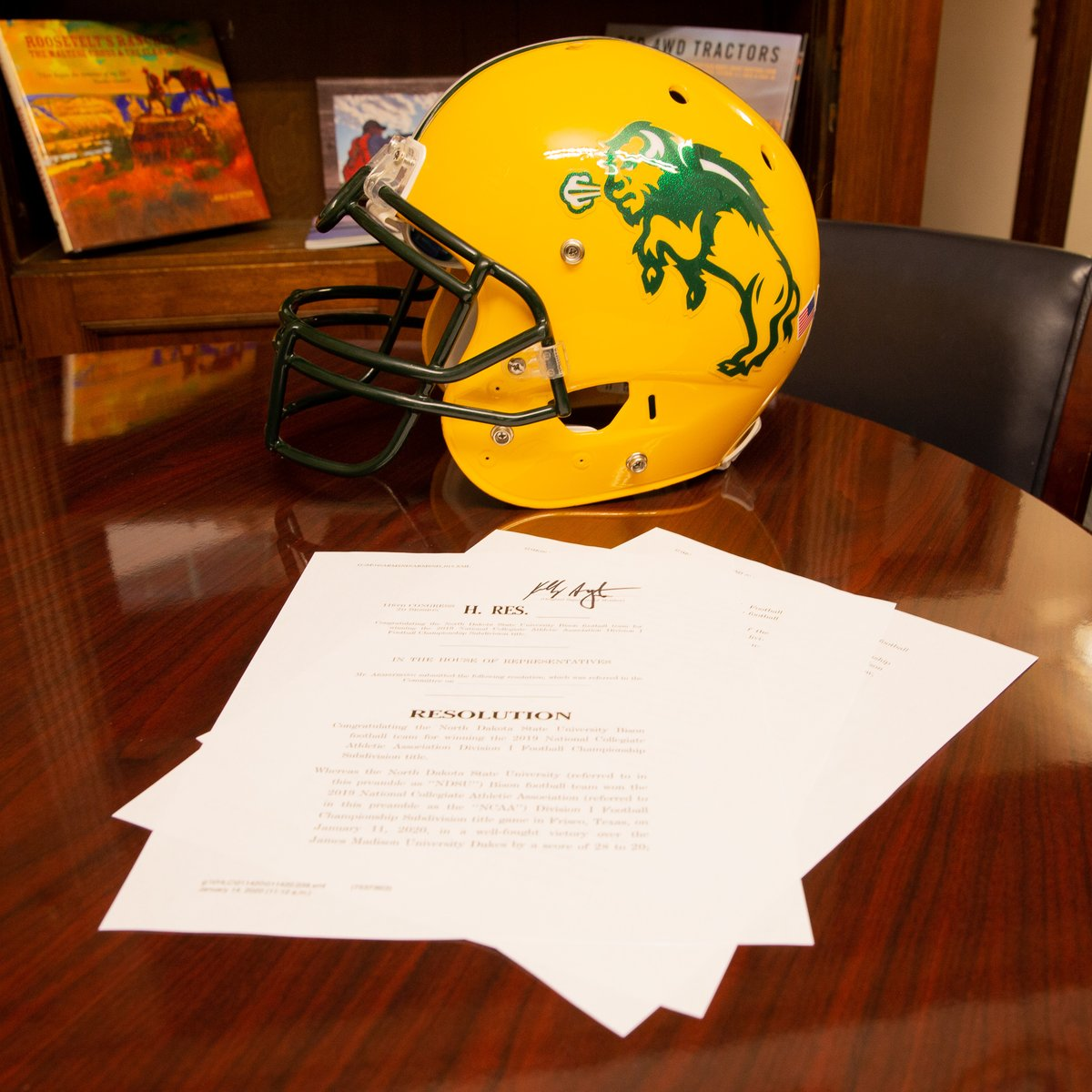 I joined @SenJohnHoeven and @SenKevinCramer in introducing congressional resolutions this week to honor the @NDSUfootball players, coaches, & staff on another #FCSChampionship title. Congrats again, Bison!