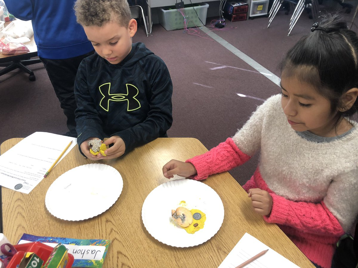 Making mold and cast fossils today in science! <a target='_blank' href='http://twitter.com/APSscience'>@APSscience</a> <a target='_blank' href='http://twitter.com/BarrettAPS'>@BarrettAPS</a> <a target='_blank' href='http://search.twitter.com/search?q=KWBpride'><a target='_blank' href='https://twitter.com/hashtag/KWBpride?src=hash'>#KWBpride</a></a> <a target='_blank' href='https://t.co/TMgw9sBezl'>https://t.co/TMgw9sBezl</a>