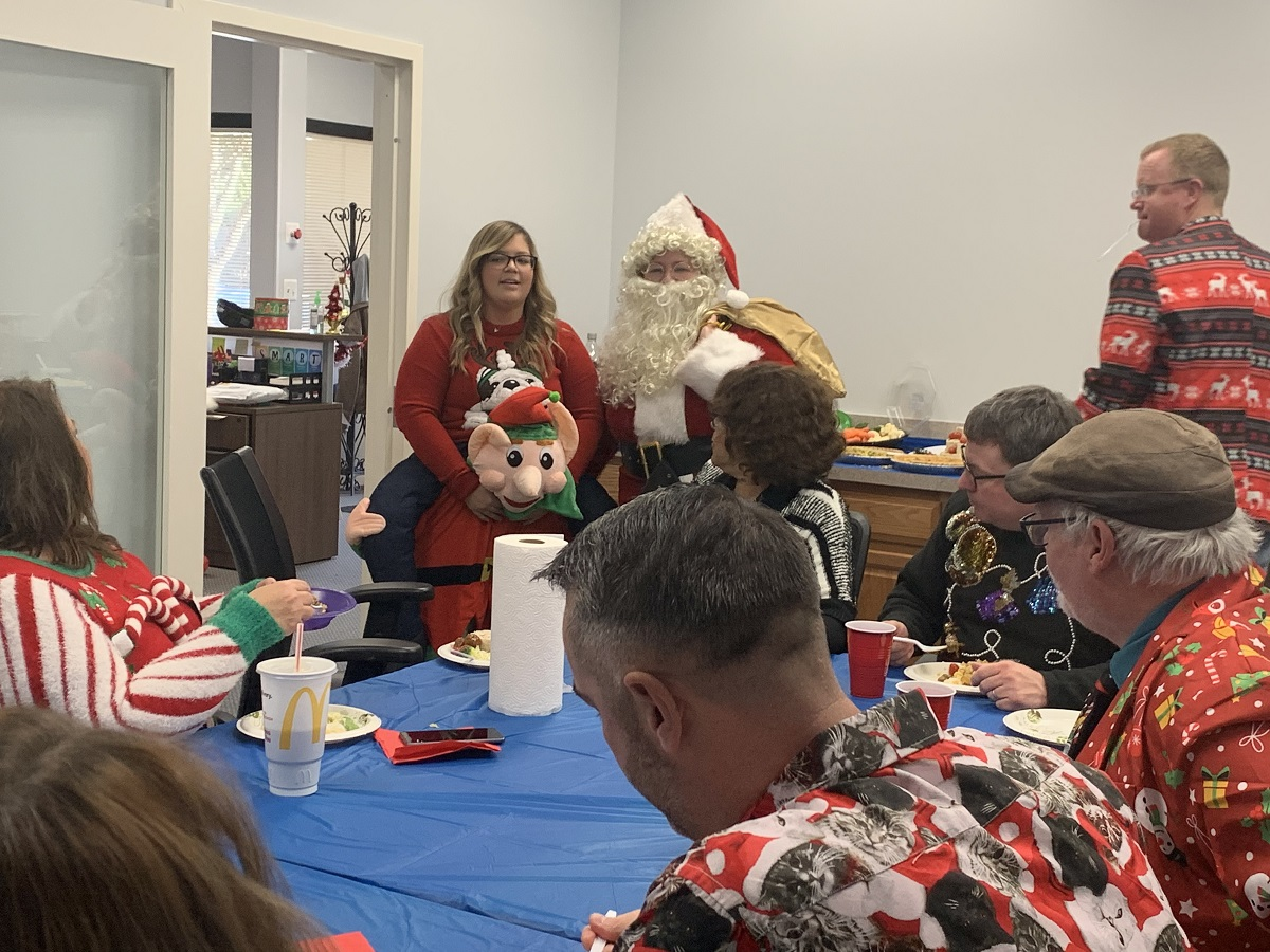 What's a #HolidayParty without some #FunGames? We played these games during our #UglySweaterParty. #TCCRenovates https://triplecrownconstruction.com/ugly-sweater-party…pic.twitter.com/mUE1E4wn8g