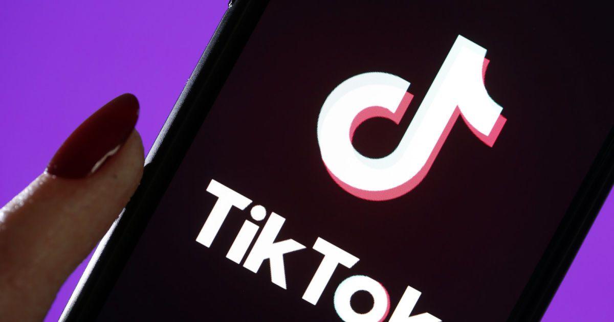 ‼️¡Ojo empresas! la #redsocial #tiktok esta adquiriendo poder y vale la pena ser analizada para incluirla en sus estrategias #digitales. https://t.co/rqTQ4qFwnr https://t.co/0tta99Inio