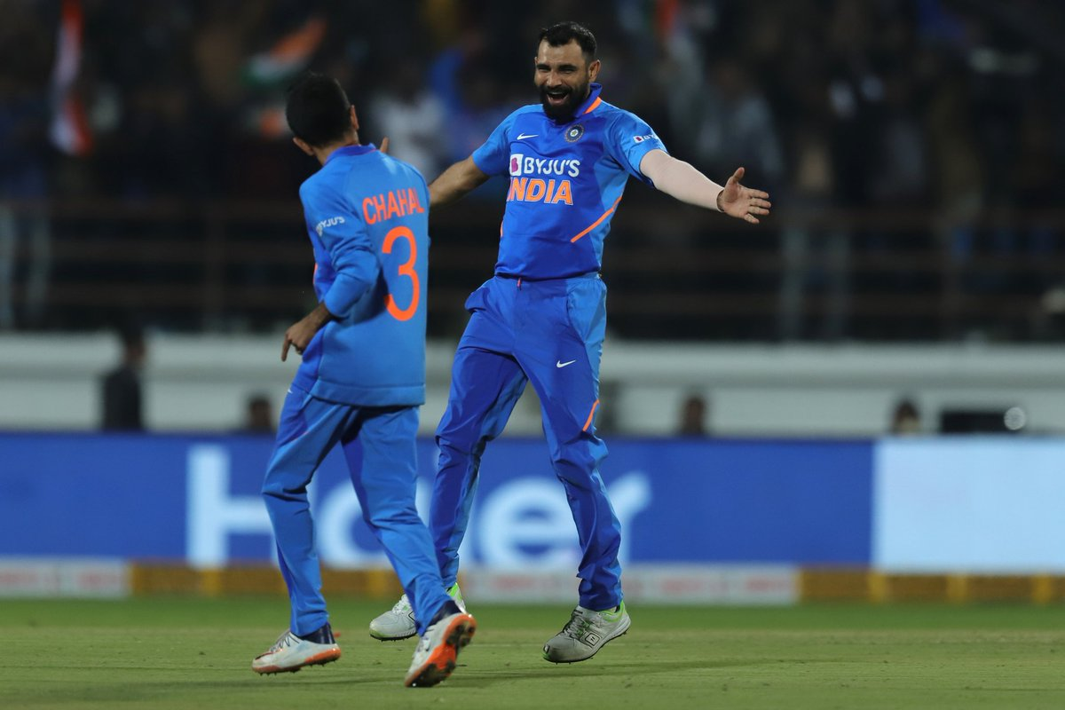 W, W, and almost W!  Mohammad Shami nearly gets a hat-trick after castling Turner and Cummins. Starc survives! #TeamIndia  #INDvAUS <br>http://pic.twitter.com/DToEwZtOth