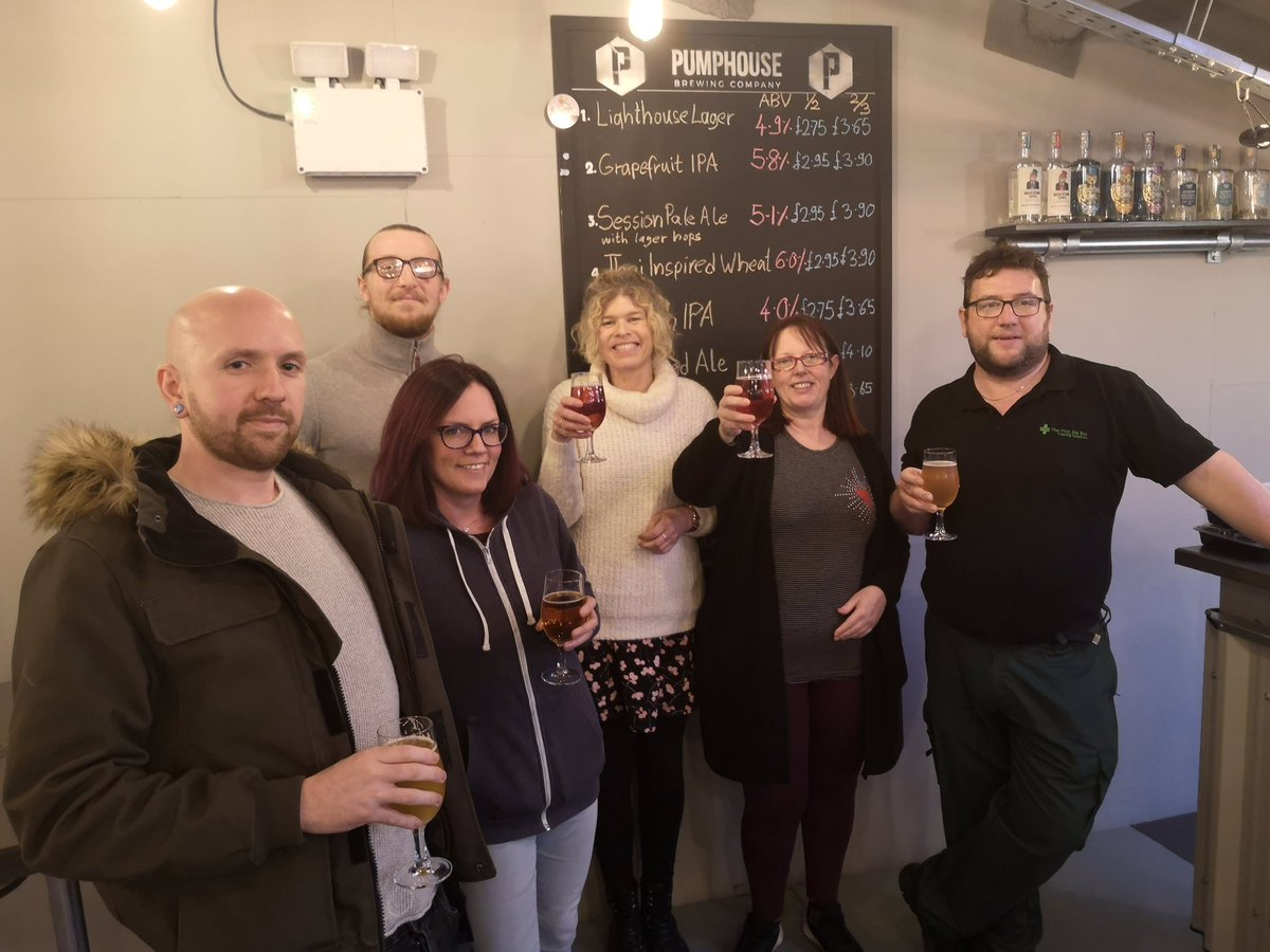 Great way to end a very enjoyable week teaching First Aid at Work to this lovely lot! Great engagement from all the learners so well done guys - you deserve that 2/3 pint! @PumphouseBrewCo #fabtraining1 @Qualsafe #training #driffield #workhardplayhard #firstaid #lovemyjob pic.twitter.com/btN21QAnKU