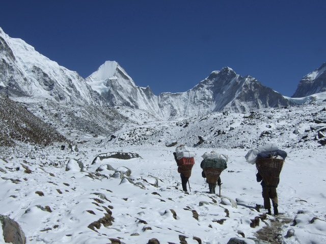 FINAL CFP RGS-IBG 2020: Everest as a space of exception: globalization, bordering and adventure http://bit.ly/35qTecZ @paulgilchrist @RGS_IBGhe @RGS_IBG @HGRG_RGS @PGF_RGSIBG @SCGRG_RGS @theAAG @JofHistGeog @CanGeographers @RCGS_SGRC @Anthro_Nepal @culanthpic.twitter.com/O4dOZaXOlI
