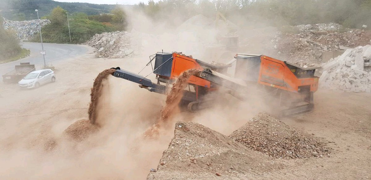 Making light work of re-bar concrete shredding with two Arjes Impaktor 250 Evo this week. <br>http://pic.twitter.com/CJmVErDthm