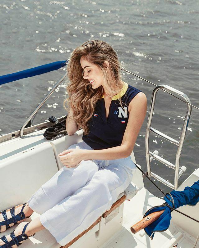 Tu intención define el rumbo y tu actitud tu forma de navegar ... ¿a donde vamos? ⛵️ Editorial para @lookmagazine & @nautica . . . . . . . . . . . #venezuela #sambilmodel #love #fashion #style #beauty #bikinimodel #modaguatemala #beautiful #girl #cute #model #pretty #missven…