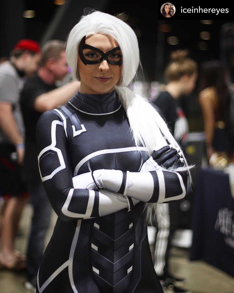 @iceinhereyes scores a new mask & debuts her #BlackCat cosplay @longbeachcomiccon   http://shopmadmasks.com  @ashykanashy   #fbf #blackcatps4 #blackcatmask #blackcatcosplay #feliciahardy #spiderman #marvelspiderman #spidermanps4 #marvel #cosplay #cosplayer #geek #mask #maskspic.twitter.com/Q8pWiPaq5s