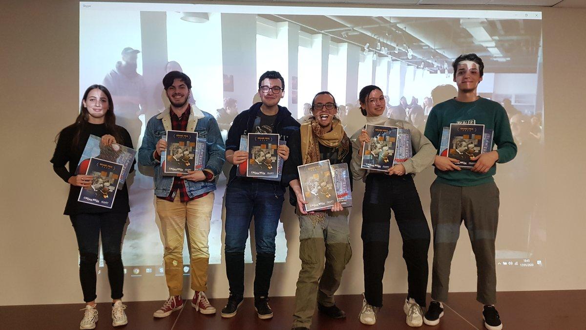 [ CINE WEEK 2020 ]   Fin de la #CineWeek !  Les étudiants de Paris et de Montréal ont réalisé 32 courts-métrages autour du thème DECALAGES  Le prix du Meilleur Court-Métrage a été attribué à Aikon !!   Bravo à l'équipe et bravo à tous les étudiants de #paris & #montrealpic.twitter.com/65ke77NuPc
