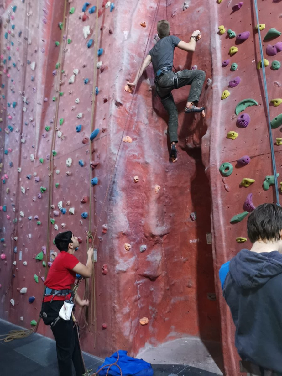 On Wednesday during senior sport boys went to @AWCCStockport with Mr Kettle, lots of lead climbing, belaying and bouldering, boys return to school after 5pm every Wednesday to ensure they get the most out of the afternoon. @SportatBolton @Philip_Britton @BoltonSchoolpic.twitter.com/WR3OorbpHX