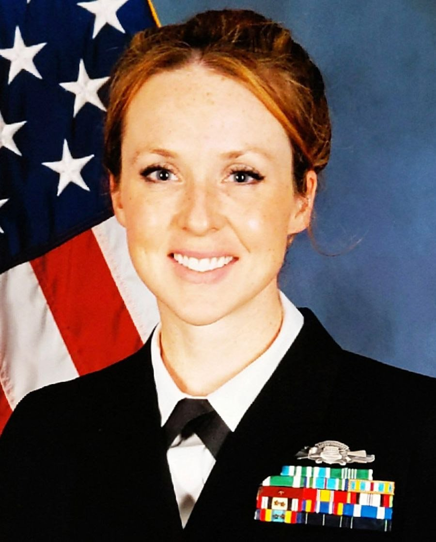 Today we remember Navy Senior Chief Petty Officer Shannon Kent, who was killed in Syria one year ago. Kent was a mother of two, a cancer survivor, and a warrior. As a Cryptologic Technician, she often used her unique skills on missions alongside special operation troops. <br>http://pic.twitter.com/9ltJBnrFr6