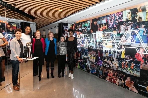Thrilled to see @DeloitteUS join the @WNBA as an inaugural Changemakers, alongside Nike and AT&T. They're collaborating to achieve more for the #WNBA players, league, and fans. https://deloi.tt/2uX8GAl