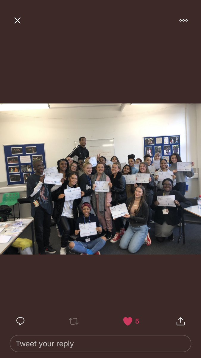 YR12 kicking off 2020 with Dementia Friend training, running projects with Marsh & Willow Day services & Whitehorse Community Hub as well as weekly accessible theatre training with @DH_Ensemble....BOOM!! #vocational #signlanguage #inclusionpic.twitter.com/IUkI60kpfP