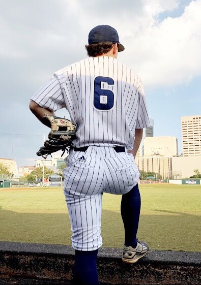RT @RiceBaseball: Less than a month away from pinstripes and bright lights!   #GoOwls👐 x #RFND https://t.co/RFWwulfrQb