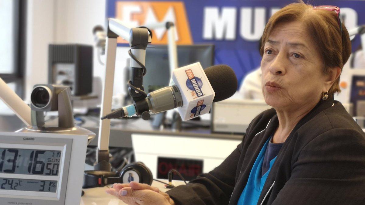 """#AracelyMoreno: """"No creemos nada. Nos ha dicho que iban a ver como conseguían para pagarnos. En el presupuesto se espificó que hay para pagar a los maestros jubilados y después del terremoto usaron esos fondos para eso"""". #NotiMundoalaCarta #Jubilados"""