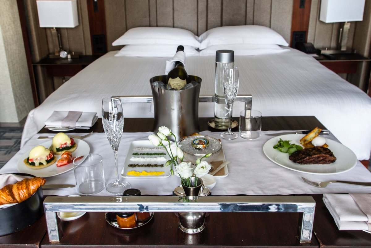 Some mornings are meant to be savored, especially when waking up at Park Hyatt New York.  #ParkHyattNY #LuxuryIsPersonal #NYC #WeekendPlans<br>http://pic.twitter.com/9aignGKwly