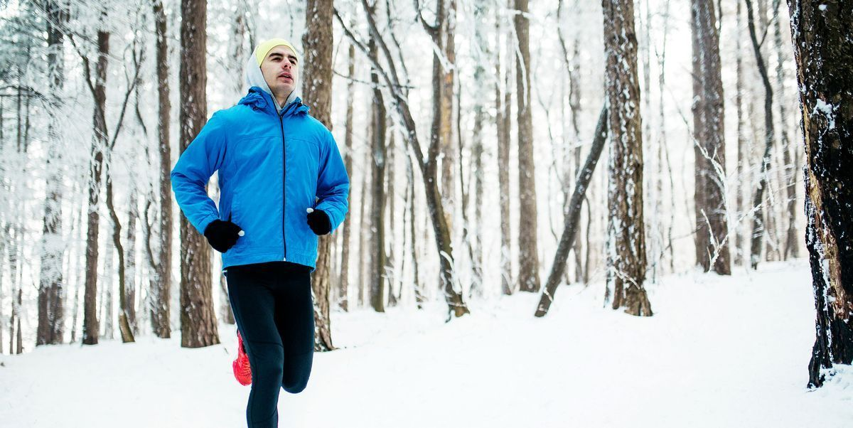 Baby, it's cold outside - but don't let that stop you from training!  12 hacks that will make cold-weather running less miserable: https://buff.ly/2ZXYSBL. #runningmotivation #fitnesstips #healthpic.twitter.com/RPFtGZGYDm