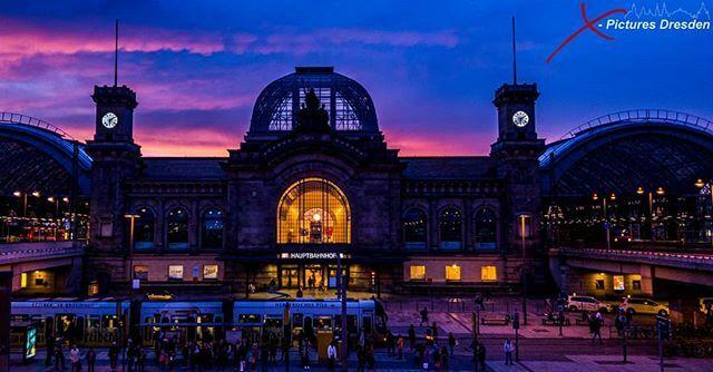 Der Hauptbahnhof #Dresden im winterlichen Sonnenuntergang.  #thebestofdeutschland #thebestofdresden #verliebtindresden #dresdenstagram #dresdencity #dresdenaltstadt #thebestofsachsen #sachsen https://ift.tt/2R4vg2Cpic.twitter.com/8raT8SEfvH