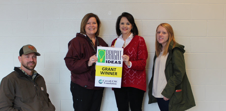 Central High School Ag teacher Nikhol Dysart, English teacher Jamie Biddle, Nurse Startup and guidance counselor Dr. Donna Simpson were awarded Bright Ideas Grants from Carroll EMC.  #lionstrong #24strong #committed #wechangelives #showsomelove #thecitymenus #thecitycalendarspic.twitter.com/RiOgNe2xpY