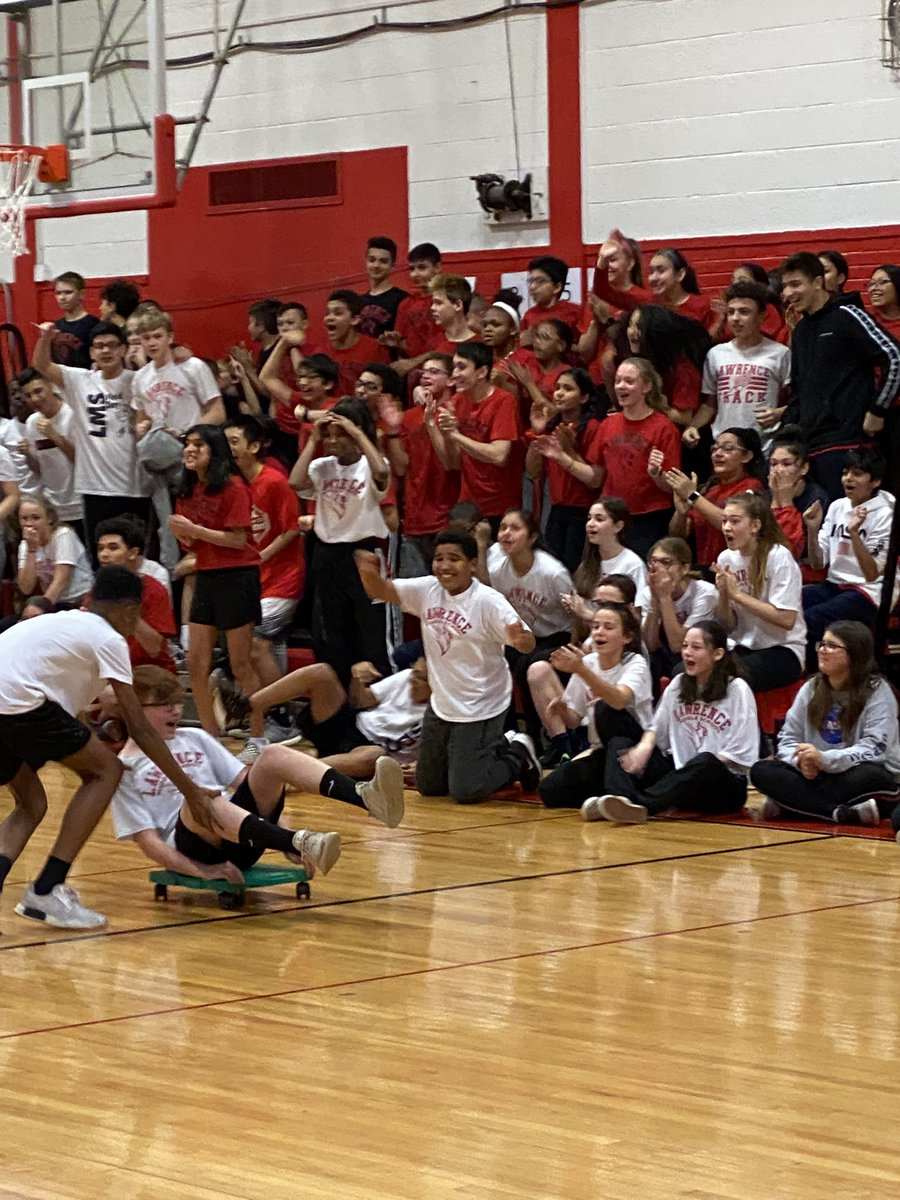 I love house relays 🖤❤️🤍 @LMSNation