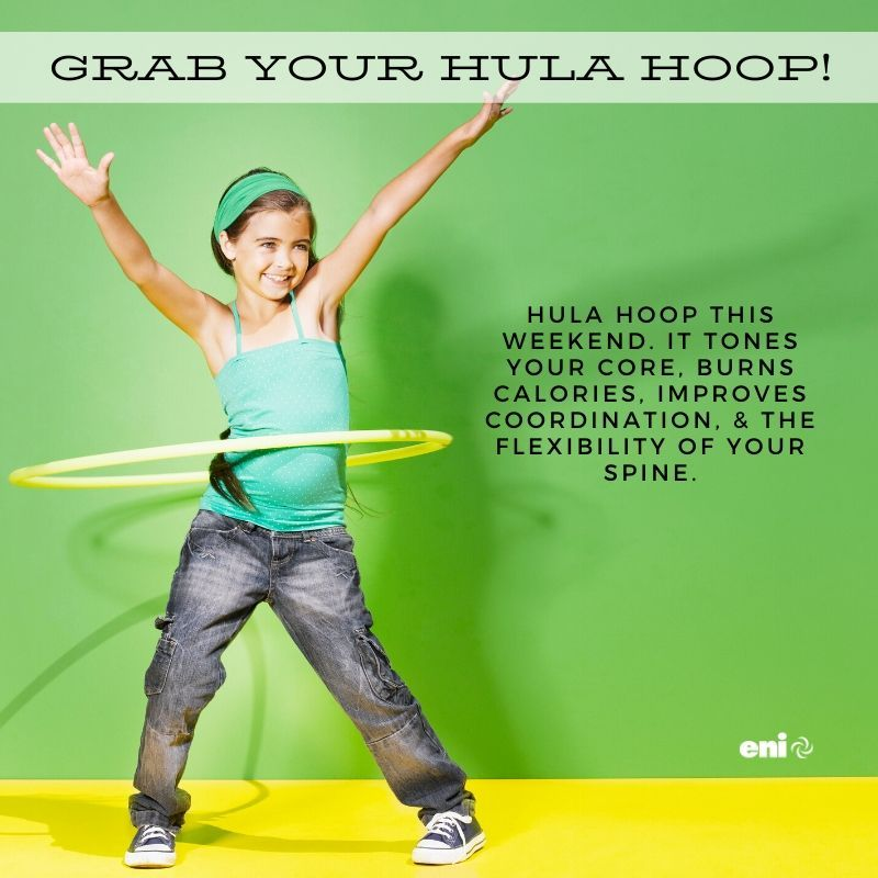 Grab your hula hoop! Hula hoop this weekend. It tones your core, burns calories, improves coordination, and the flexibility of your spine. #healthyliving #healthychoices<br>http://pic.twitter.com/JxlLTuRSxZ
