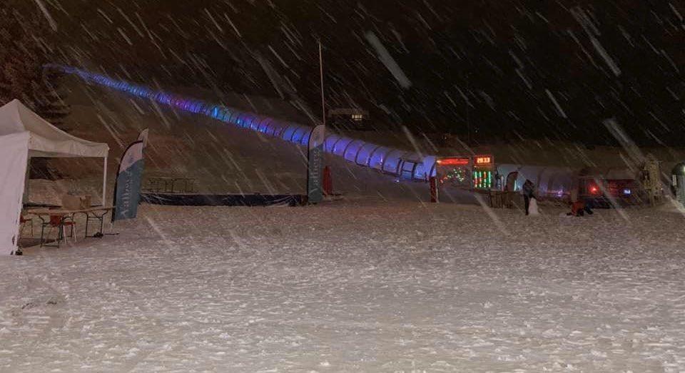 17/01/2020 à 21h20 : #Valberg(06) ce soir ! Les dernières averses s'évacuent actuellement.    Votre prévision météo complète et gratuite pour le samedi 18 janvier 2020 est disponible via le lien suivant : https://www.facebook.com/506941822737094/posts/2632353033529285/?d=n… #CotedAzurFrancd #Nice06 #Meteo06 #Meteo83pic.twitter.com/gK7LZyRE5X
