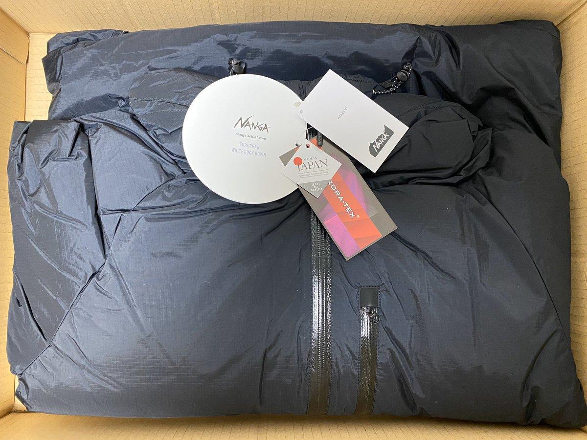 ふるさと納税の返礼品のダウンジャケット届いた!街中ではオーバースペックと思えるくらい暖かい! #ナンガ #NANGA #米原市 #ふるさと納税