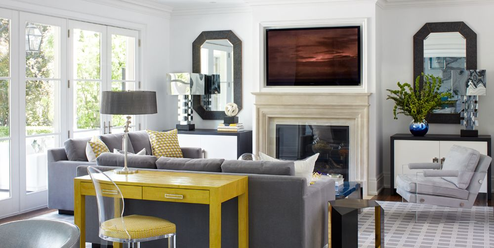 From blue to off-white, this guide can lead you to the right color for your home's small spaces. #colorpalette #decor  http://cpix.me/a/90121707pic.twitter.com/udOtyFXRZw