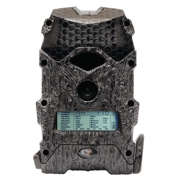https://buff.ly/2RDvHBR  Your eyes aren't fooling you; trail cam photos and videos really can look this good at an affordable price. The trail camera paired with superior nighttime image capturing capabilities. #hunting #bsdfire #campfire #art #bhfyp #follow #automa #everydaycarrypic.twitter.com/5xU32Ls89A