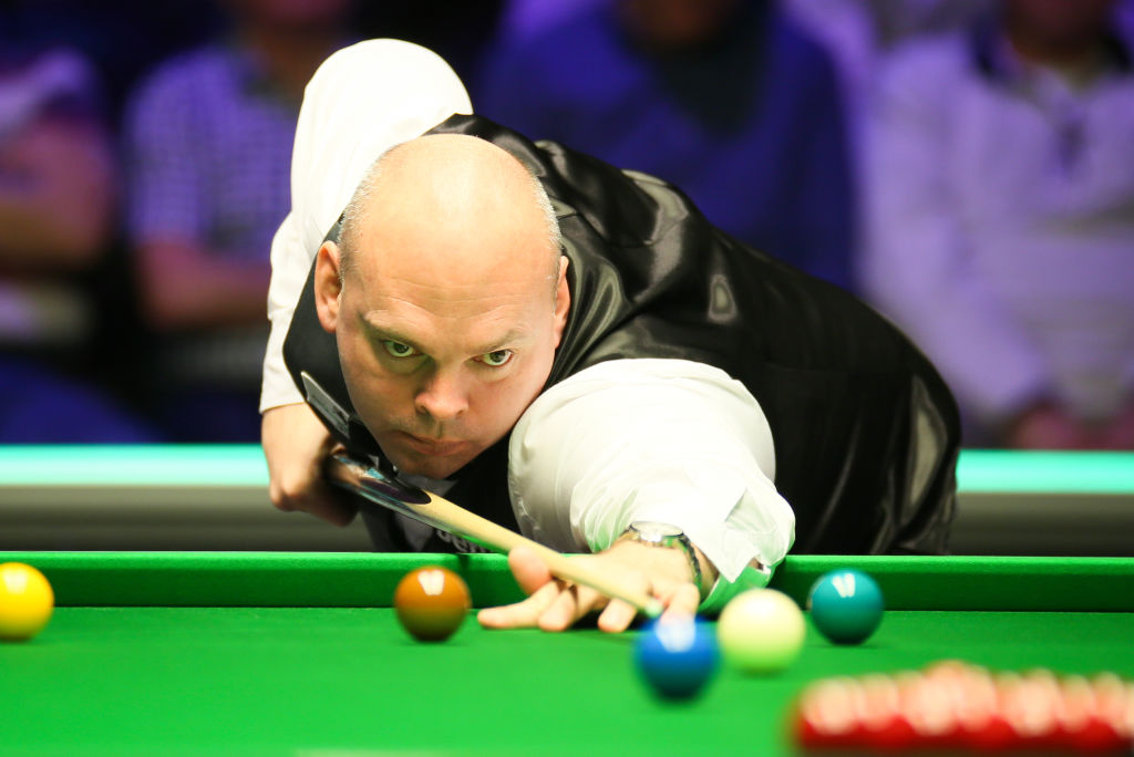 What a comeback!Stuart Bingham wins five frames in a row to stun Kyren Wilson 6-4 and reach the Masters semi-finals.https://bbc.in/376FrJs  #bbcsnooker