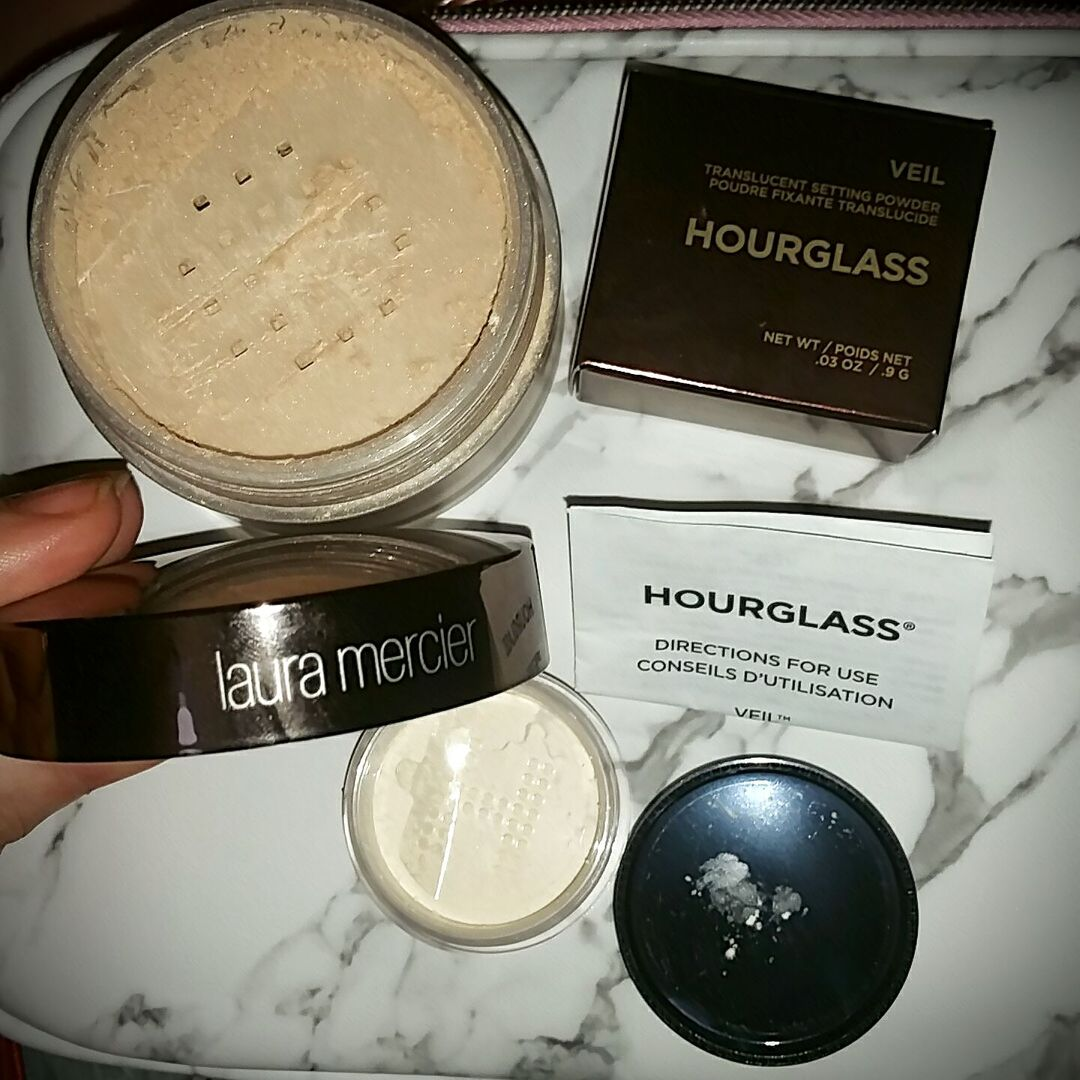 Two new setting powders in today! Reviews to follow.   #glamhaul #lauramercier #hourglass #shoppinghaul #beauty #makeup #settingpowder #facemakeup https://www.influenster.com/deeplink/photos/58838663 …pic.twitter.com/i3MXyO78KC