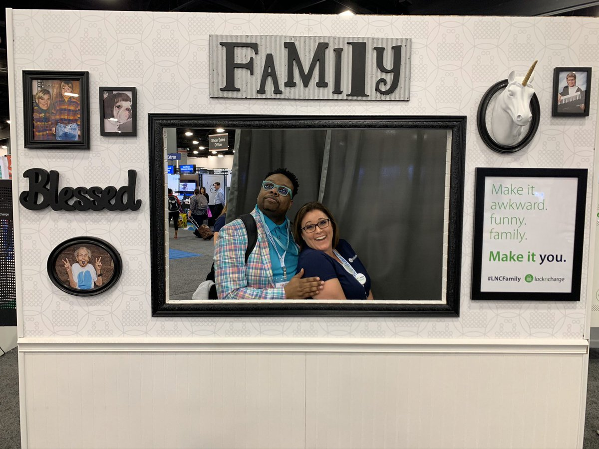 Awkward photos with my friends from lock n charge #fetc #lncfamily @LocknCharge