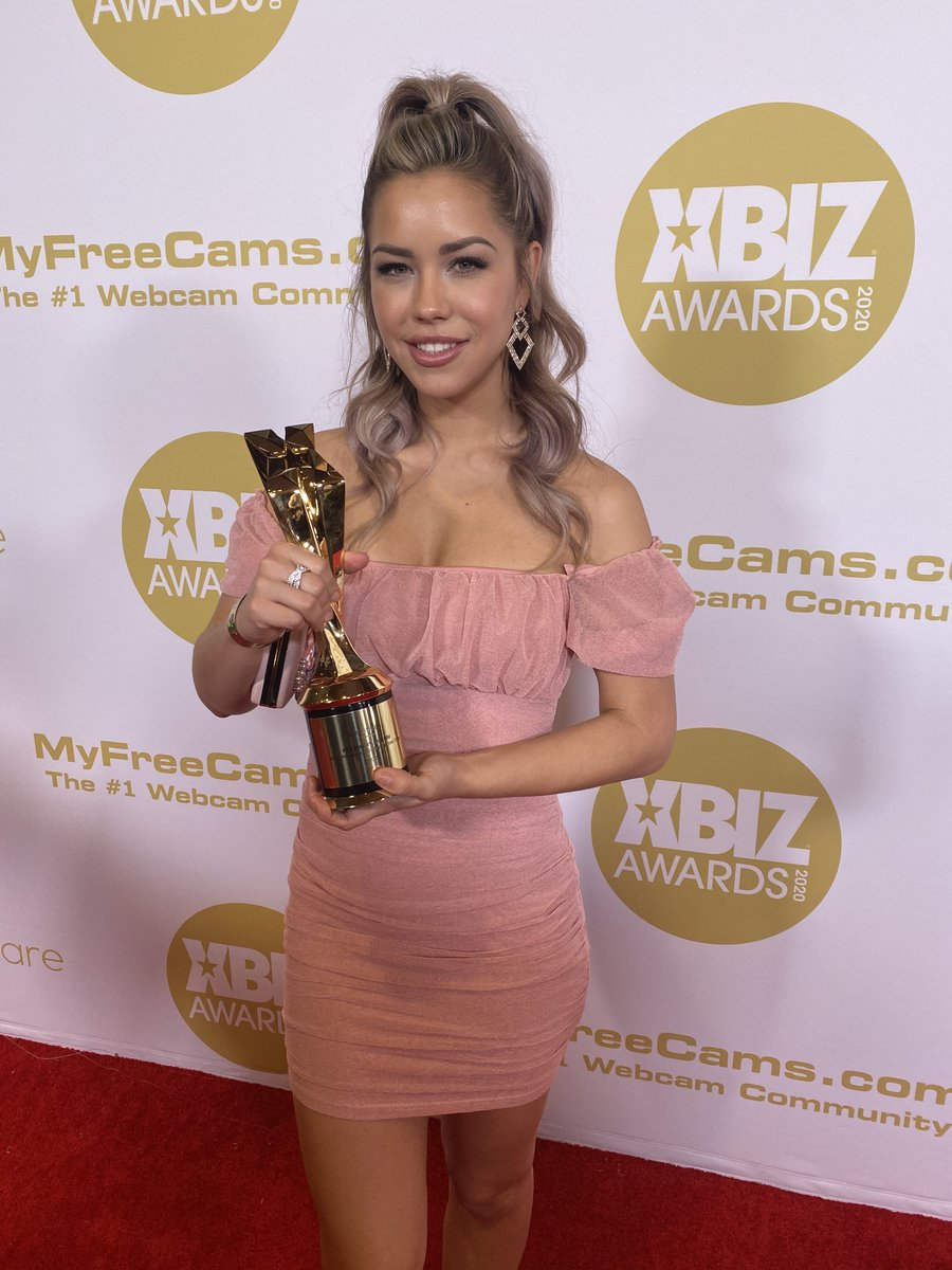 We're SO honored and excited to have won Nude Photography Site of the Year at @XBIZ!   We could never have done it… https://t.co/yctNd23wyA