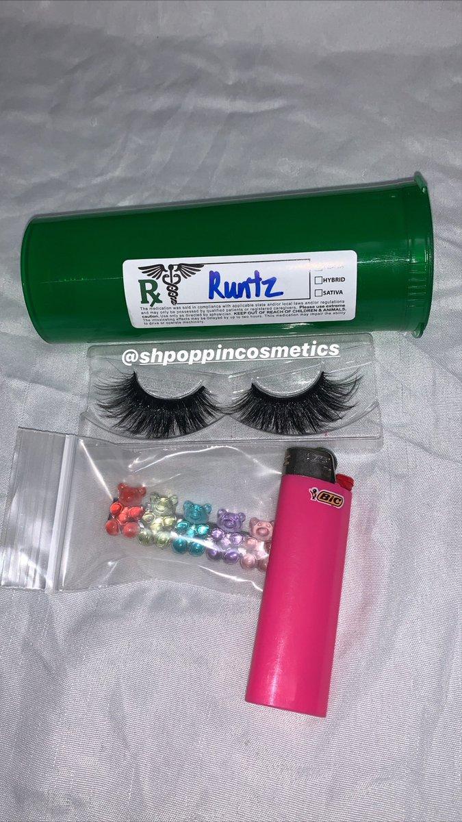 Runtz Lashes #weedeyes #weedlashes #marijuanaeyes #gummybears #lashes #kushlashes #runtz #25mmlashes #ediblespic.twitter.com/CXU29A1Vev