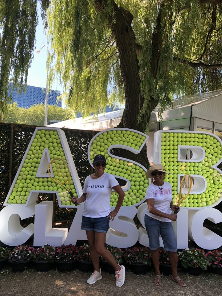 Got to see Serena Williams at the ASB Classic Tennis in Auckland, with my daughter, while visiting her.  #SuccessIsABlend<br>http://pic.twitter.com/hceNGnW3M2