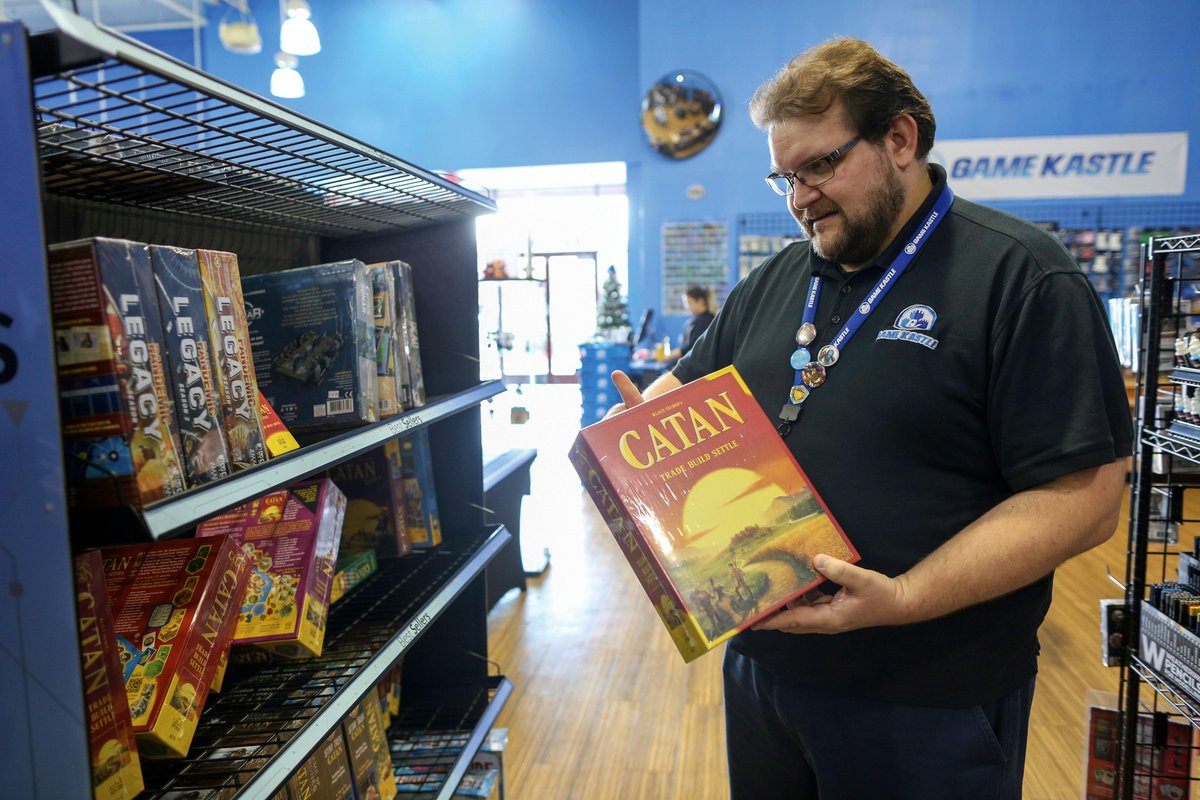 With retail stores on the ropes across the country, why is #MountainView hobby emporium Game Kastle doing so well? Owner Shaw Mead says he's found the formula for success, creating a loyal community around old-fashioned board games. https://www.mv-voice.com/news/2020/01/17/beating-the-odds …
