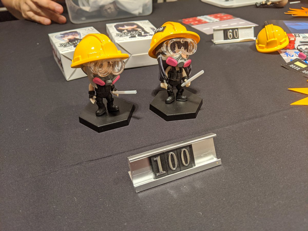 #NOW - protest themed products are big hits at the civilian Lunar New Year market in Causeway Bay - Hundreds of these figures already sold and almost 100 sets of the werewolf card game. #antielab <br>http://pic.twitter.com/BfkbssGbGX
