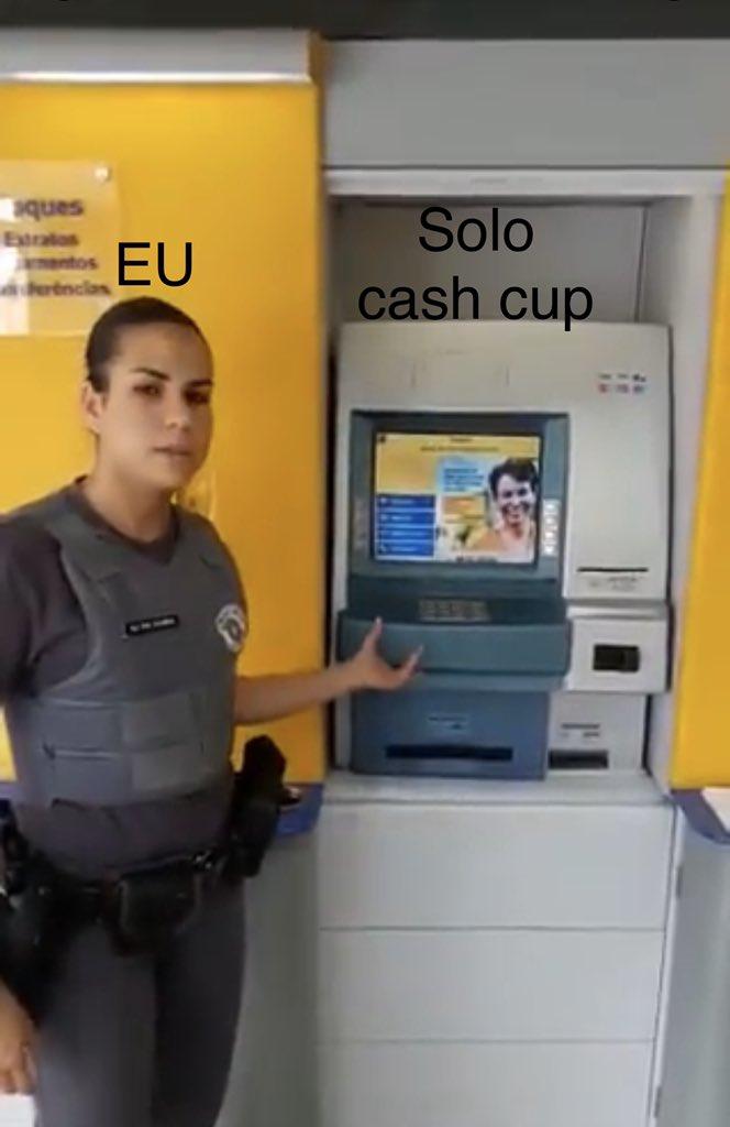 Eu se tivesse jogando as solo cash cup pic.twitter.com/g91mR3xlsL