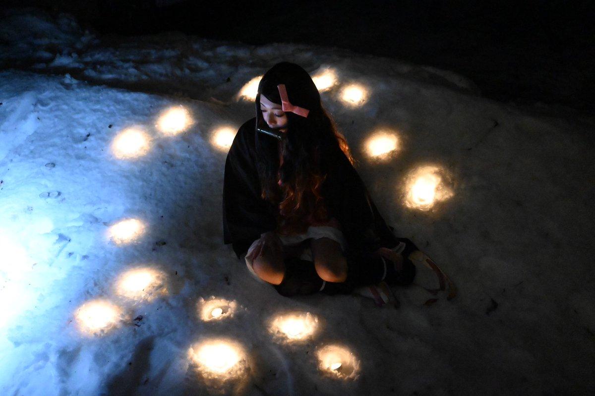 さんの企画で雪ロケに行ってきました❄️⛄️ 雪の中、撮影中のつんこのオフショットも でパシャリ 野外ロケは小さくて軽いミラーレスは便利 夜闇の撮影もこんな感じに撮れたよ… https://t.co/chtpqVxBke