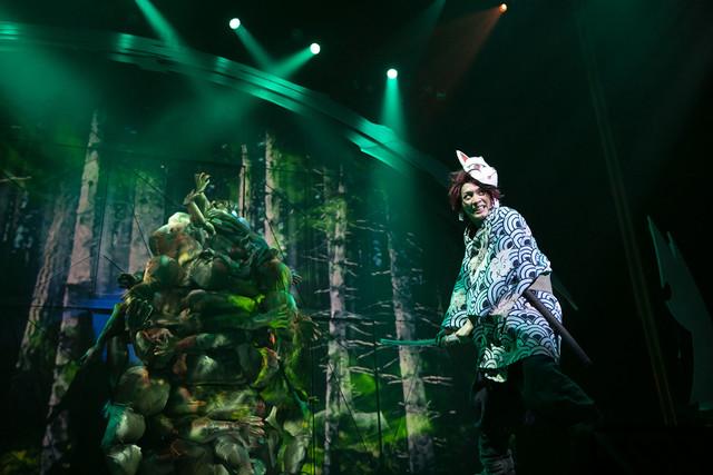 【公演レポート】「鬼滅の刃」幕開けに炭治郎役の小林亮太「生々しく力強さのある世界を」(コメントあり)