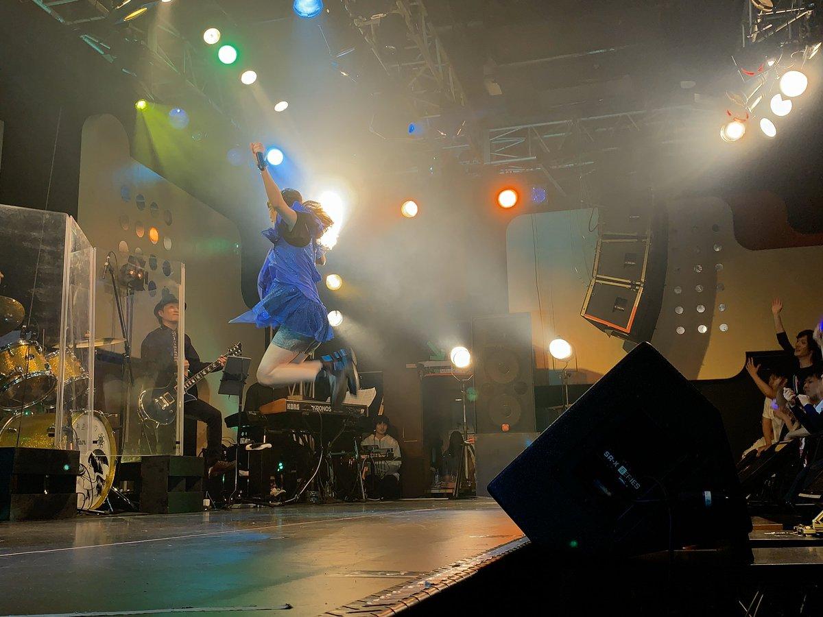 天華百剣 -斬- 音楽祭~繚乱の宴~ ありがとうございましたー!!  「蒼の彼方」と「全部君がいたから知ったんだ」歌わせて頂きました。 初期から関わらせてもらってる作品の初の音楽祭、参加出来てとても嬉しかったです!  今日気にな… https://t.co/YrgsgvhI9o