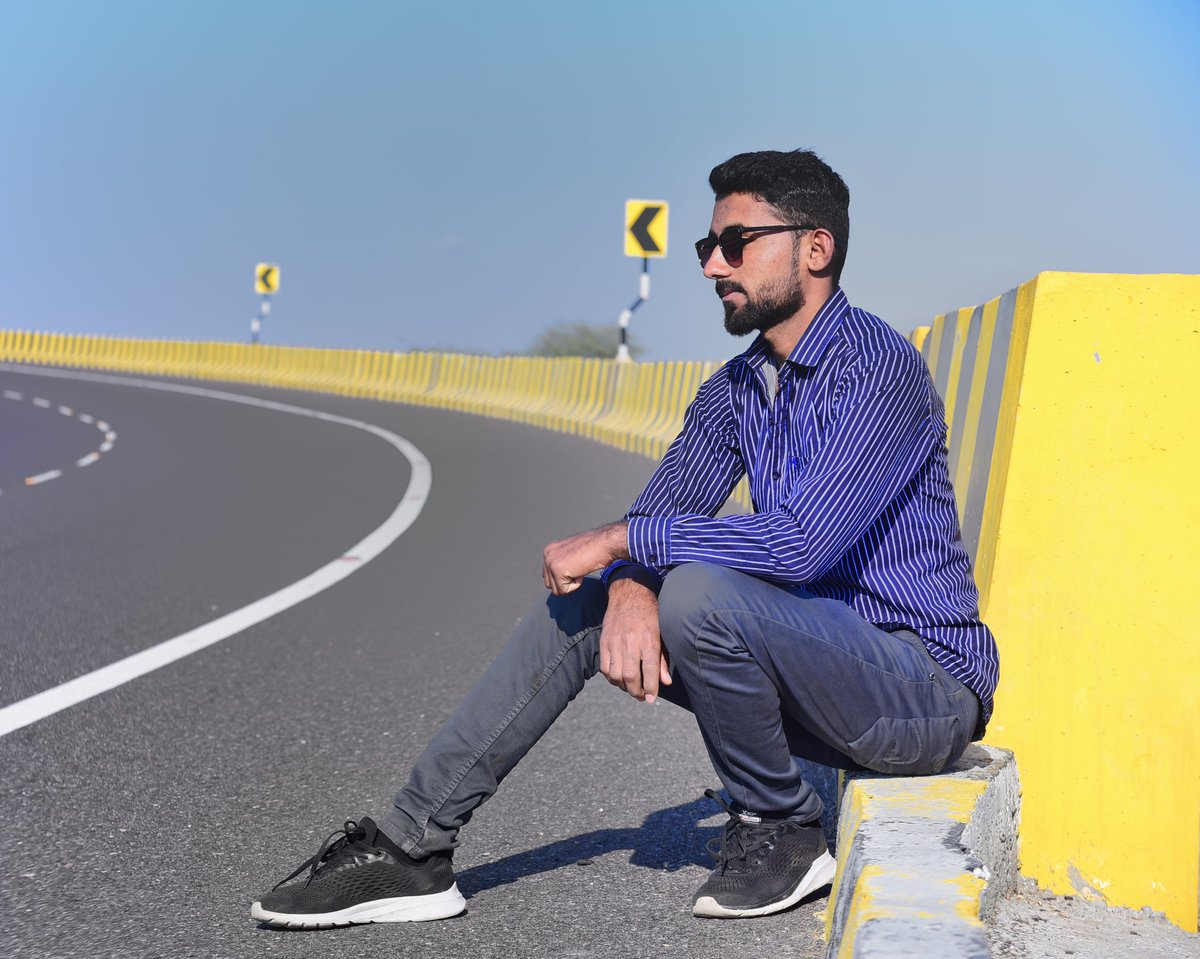 I've loved and I've lost but that's not what I see #surajkasarephotography #destination #excited #epic   #ramandipak #preweddings #preshoot #preweddingstory #preweddingfilm #indianweddingbuz #weddingsutra #wedmegood #dipakstudios  #tagwagai #yellow #blue #sitting #denim #footwearpic.twitter.com/0Ykn2ylA2P