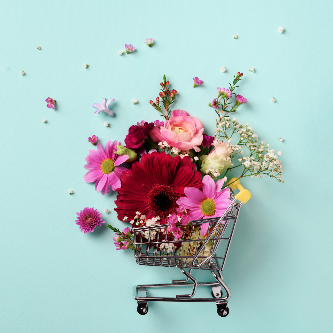 It's time for some weekend shopping... Summer sale season is bloomin'! 🌺🛍️🛒  Check out our list of participating stores and sale details now 👉   #CanalWalk #HaveItAll #SummerSale