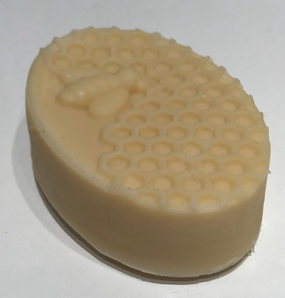 Excited to share this item from my #etsy shop: Handmade Honey Natural Goats Milk Soap. Fantastic for dry skin moisturising soap.  https://etsy.me/377z6xo  #soap #soapcutting #goatsmilk #goatsmilksoap #honeypot #honeysoap #bees #handmade #handmadesoap pic.twitter.com/XyEnTFKWwj