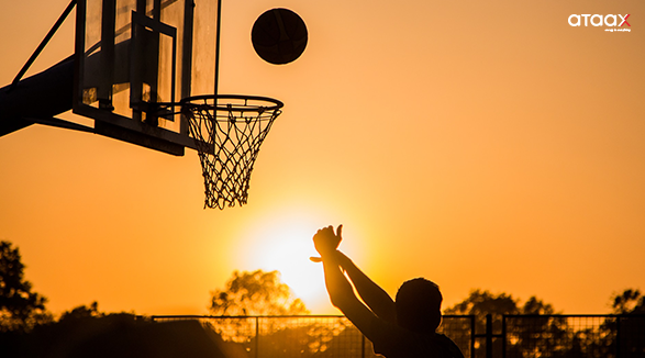 Basketball players need excellent strength, speed, balance,  agility and a good level of aerobic endurance. Know more about basketball here.  https://zurl.co/VSxX #basketball #basketballgames #basketballtime #basketballs #basketballlovers #basketballvines #ataaxpic.twitter.com/eohRmVaPd3