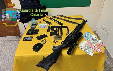 """Armi e droga nel lido """"Le Capannine"""" di Catania, in arresto uno dei soci (VIDEO) - https://t.co/tNXhw0O91G #blogsicilianotizie"""
