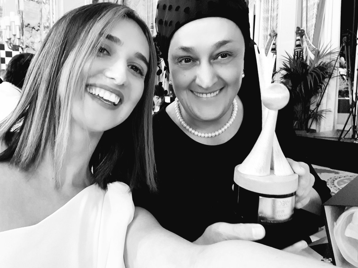 Happy birthday to the most amazing person in the world ❤  #MaiaChiburdanidze  ▪️7th Women's World Champion, Grand Master and great contributor to the world of chess.  ▫️Yeah, thats how WE can play chess 💪👠♟#WomenInChess #WomenPower #Chess