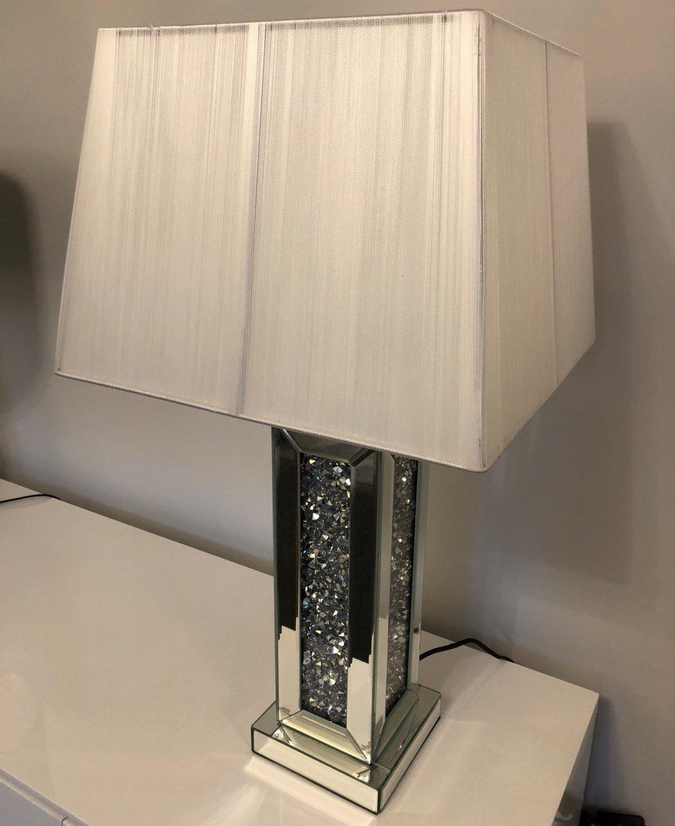 Table lamp, only £100! #enchantedfurnishings #mirroredfurniture #crusheddiamonds #diamonds #homedecor #homeinterior #homedesign #interiordesign #interiordecor #interior123 #interior4all #homeinspo #homeaccessoriespic.twitter.com/RQjp7pvBGZ