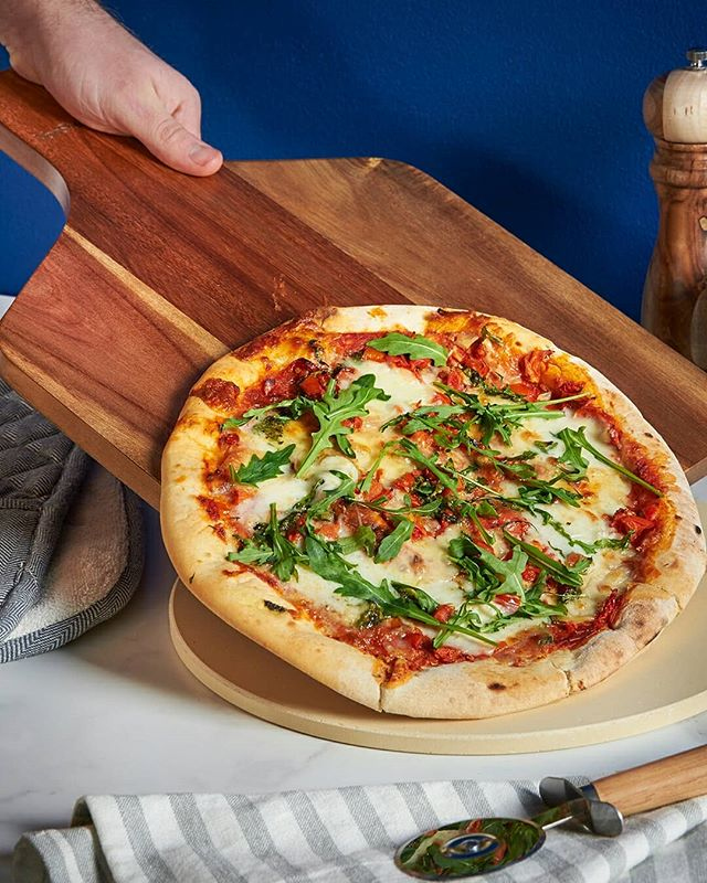 Making homemade pizza this weekend? We have all the utensils you will need in store 🍕