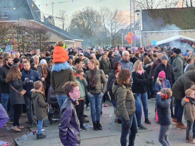 Wateringen Sneeuwpop festival in Wateringen grote opkomst... https://t.co/R2ZAcDZlq4