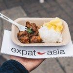Imagen para el comienzo del Tweet: tenía el pollo satay indonesio