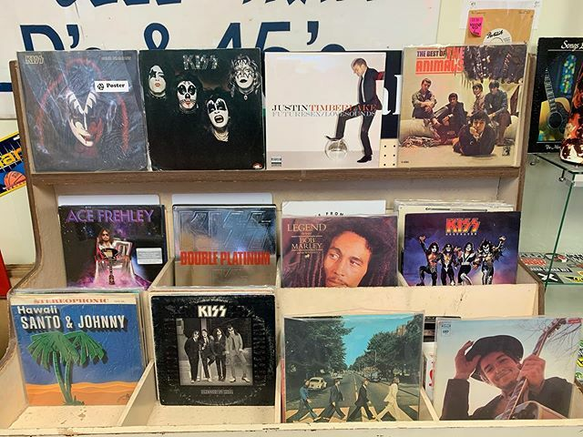 New arrivals hitting the bins and walls.  #VisitWakeForest #VisitRaleigh #VisitSelma #Records #RecordStore #ShopRaleigh #ShopRaleighNC  #ShopLocalRaleigh #ShopWakeForest #ShopWakeForestNC  #ShopLocalWakeForest #WhiteStreetGrind #SolidSounds #SolidSoundsW… https://ift.tt/2RnACVupic.twitter.com/aCzIV4NVUO